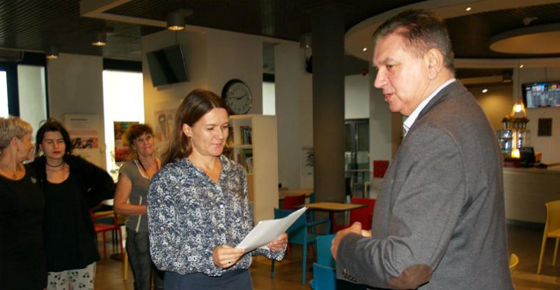 Druga kadencja dla dyrektor Wiśniewskiej Kliknięcie w obrazek spowoduje wyświetlenie jego powiększenia