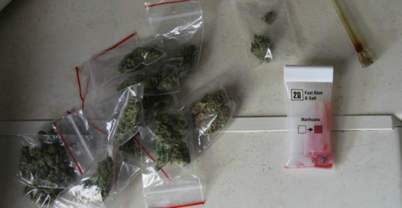 8 zarzutów za handel narkotykami Kliknięcie w obrazek spowoduje wyświetlenie jego powiększenia