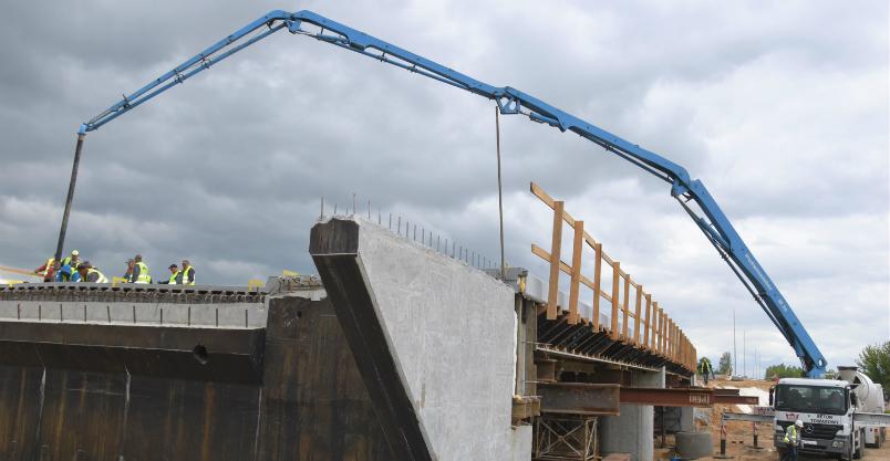 Obwodnica zachodnia - kolejny most na rzece. Zakończono betonowanie Kliknięcie w obrazek spowoduje wyświetlenie jego powiększenia