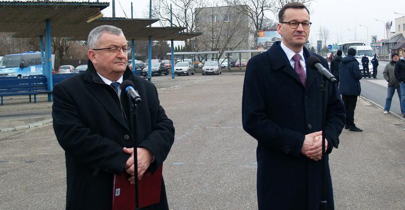 """""""Ruszamy z projektem z kopyta"""" - jak  premier """"obiecywał"""" transport publiczny... Kliknięcie w obrazek spowoduje wyświetlenie jego powiększenia"""